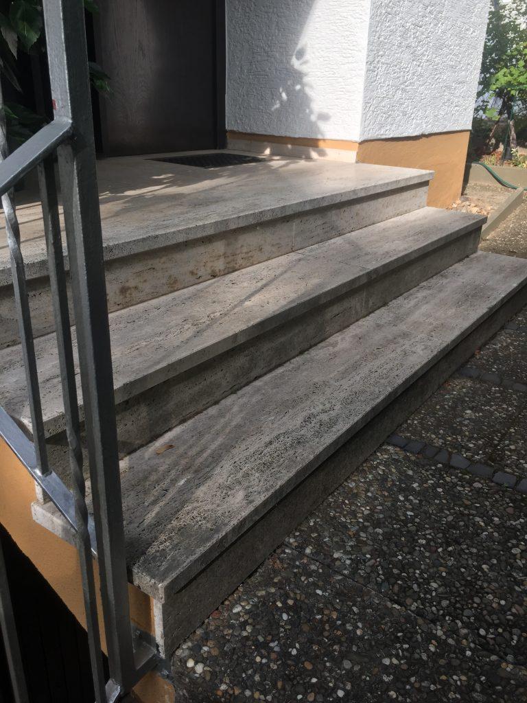 Treppe Eingangsbereich Vorher Die Steinreiniger